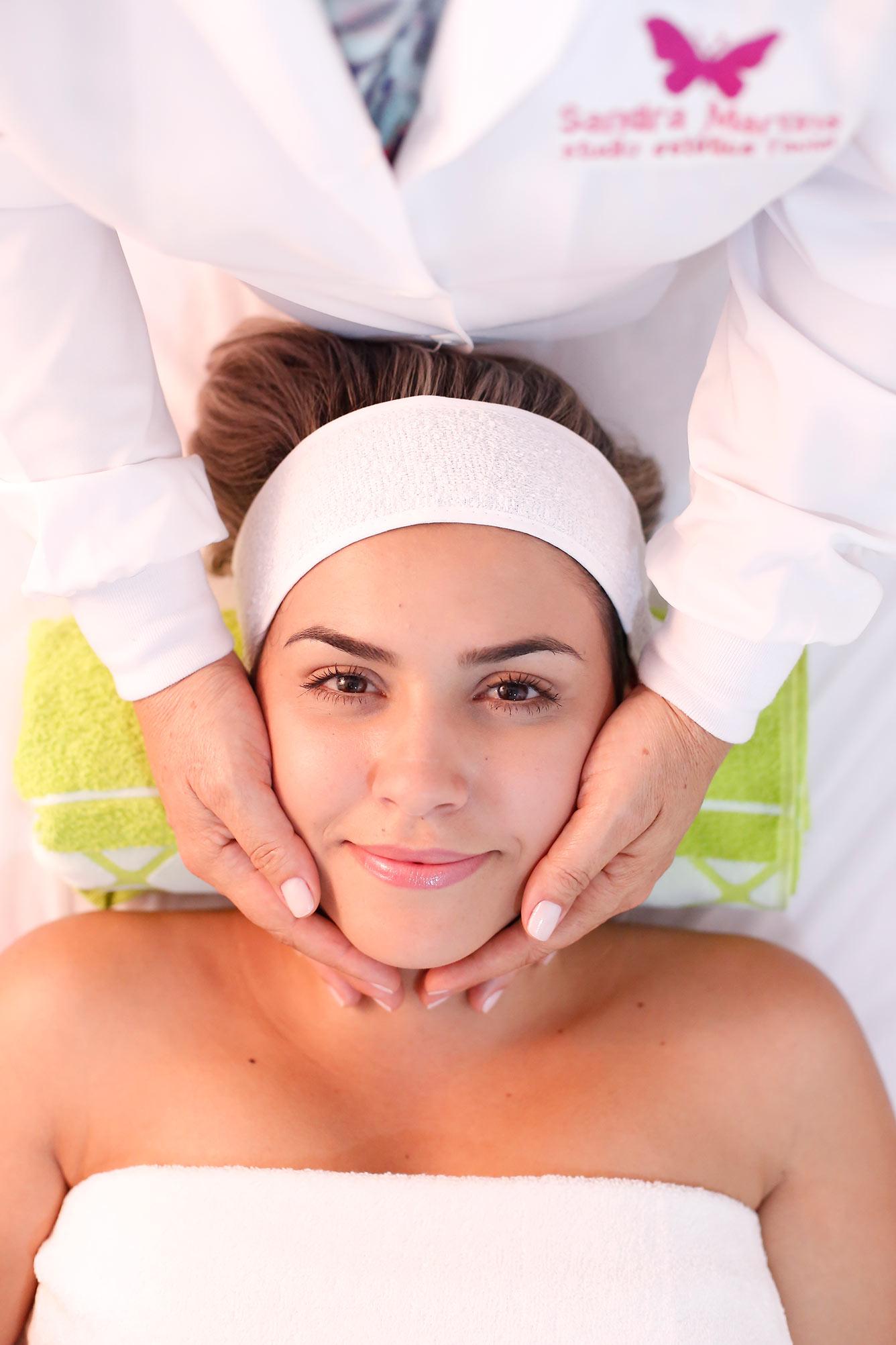 Venha fazer sua limpeza de pele profunda em Taguatinga (Brasília) no Studio Sandra Martins e melhore sua autoestima. Mais de 8 anos de experiência no DF