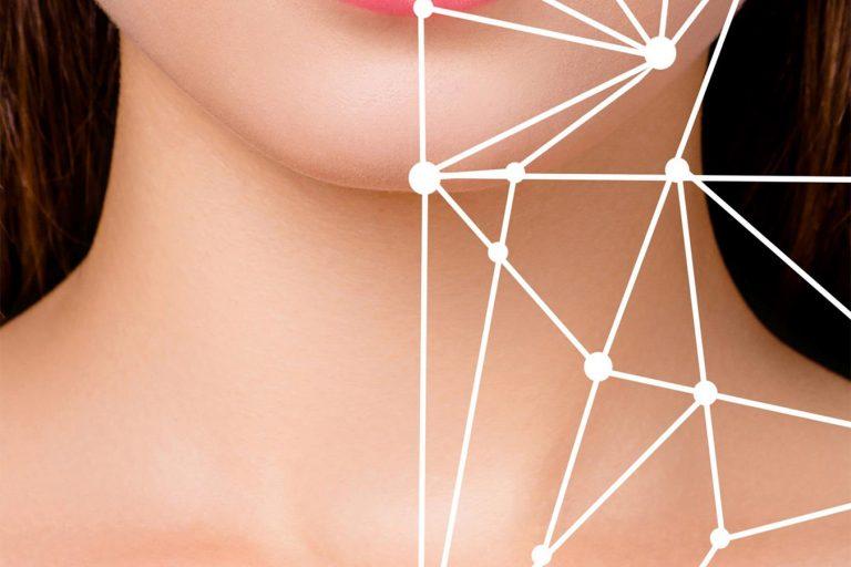 Conheça o revolucionário tratamento estético facial de microagulhamento para harmonização de papada e de lifting de pescoço e colo do Studio Sandra Martins em Brasília