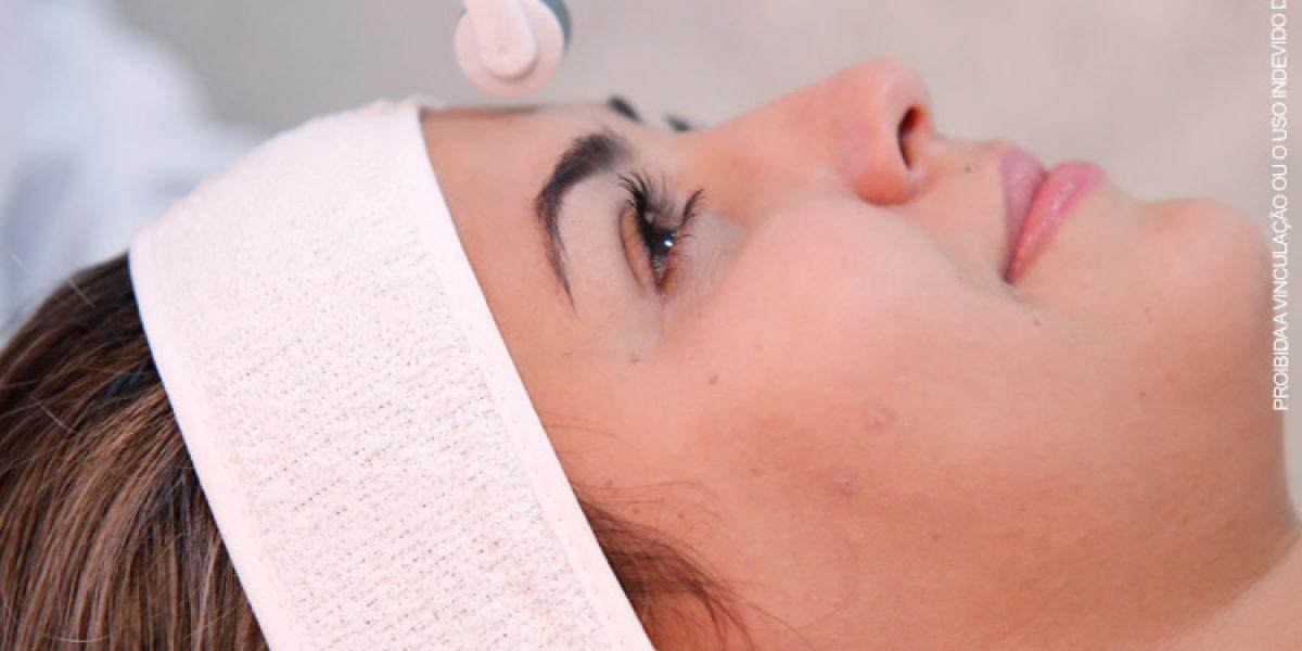 Quem sofre com manchas na pele e quer passar o verão de 2019 sem preocupações já tem uma eficaz alternativa de tratamento estético facial em Brasília: o microagulhamento.